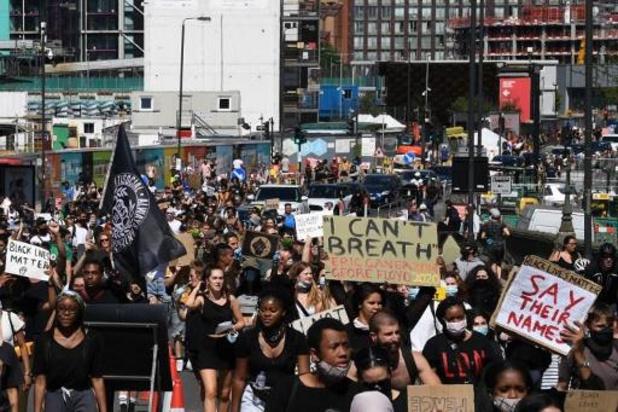 Politiegeweld tegen zwarte Amerikanen - Duizenden protesteren in Londen tegen politiegeweld en racisme