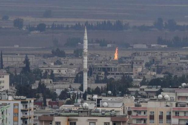 Combats sporadiques dans une ville frontalière du nord syrien après l'annonce d'une trêve