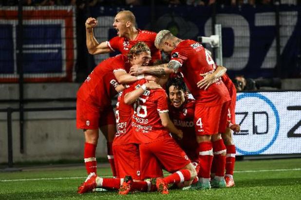 Jupiler Pro League - Antwerp verslaat Genk in spektakelwedstrijd op de Bosuil