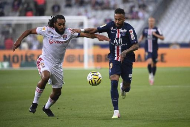 Les Belges à l'étranger - Le PSG vient à bout de Lyon et de Denayer en finale de la Coupe de la Ligue