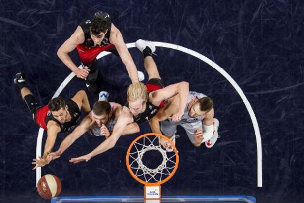 Euromillions Basket League - Bergen blijft ongeslagen, Brussels wint van Charleroi
