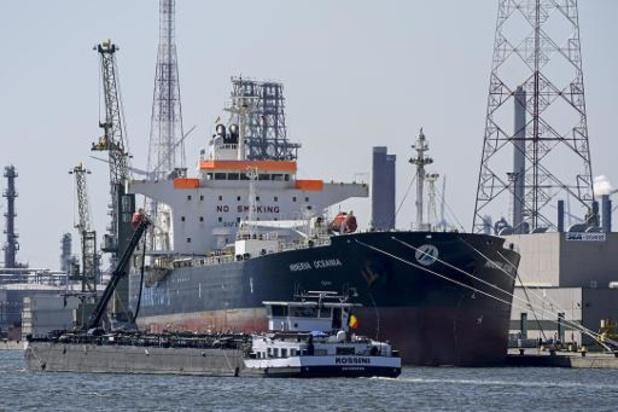 Tweede loods niet besmet geraakt aan boord van schip in quarantaine in Antwerpse haven