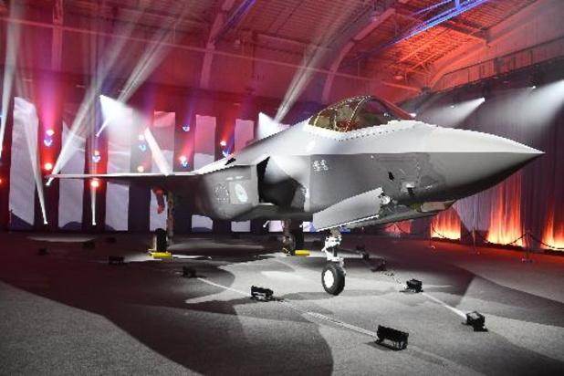 Le Danemark reçoit mercredi son premier chasseur furtif F-35
