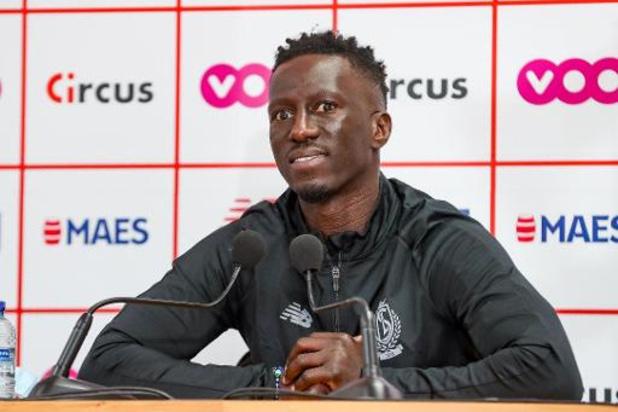 """Mbaye Leye wil Standard weer op juiste spoor brengen: """"Drukke maand januari overleven"""""""