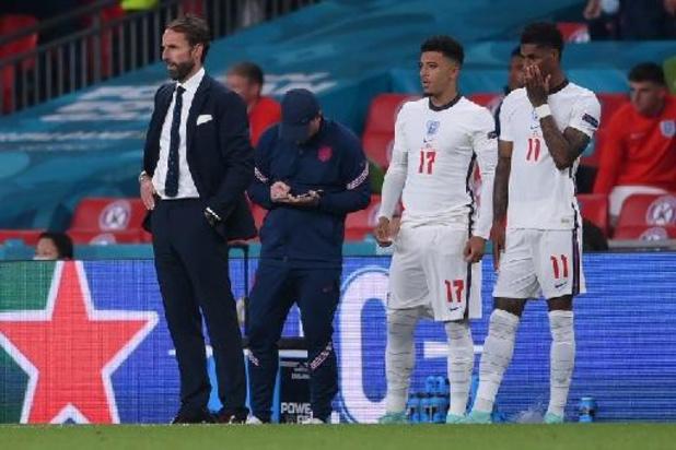 Euro 2020 - Twitter et Facebook suppriment une partie des insultes racistes visant des joueurs anglais