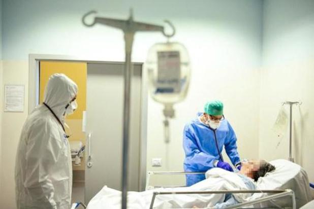 Le personnel soignant italien décimé par la maladie