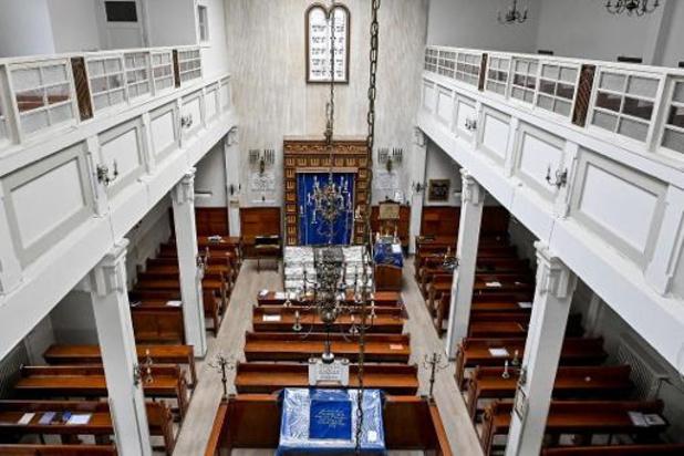Les cultes veulent pouvoir accueillir plus de 15 fidèles