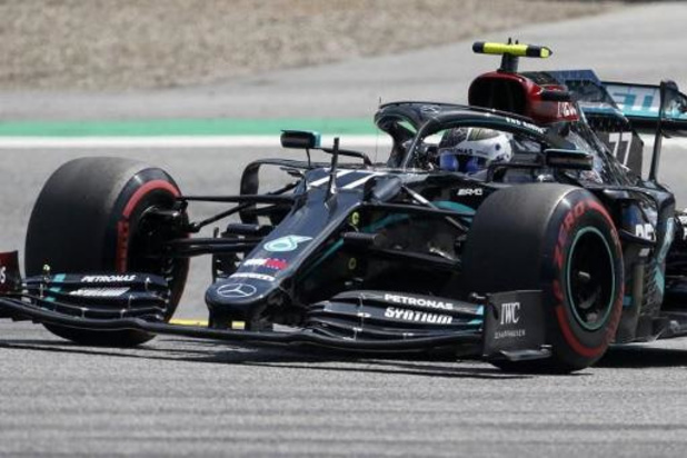 Bottas snelt naar de pole in Spielberg, Mercedes oppermachtig