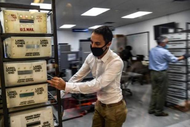 Rechter gelast doorspitten postkantoren in aantal staten