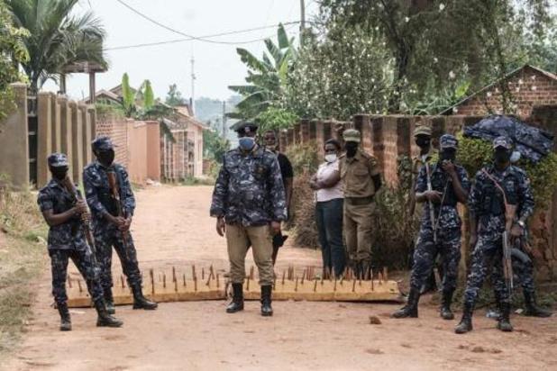 Ouganda: la justice ordonne la fin de l'assignation à résidence de Bobi Wine