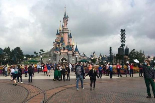 Disneyland Paris ne rouvrira pas comme prévu le 2 avril
