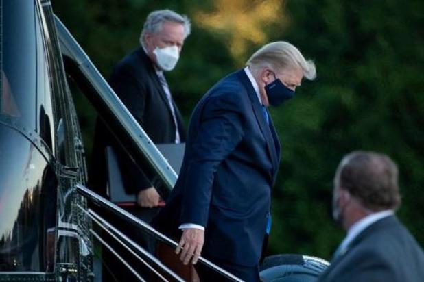"""Trump besmet met corona - President in videoboodschap: """"Het gaat heel goed met mij, denk ik"""""""