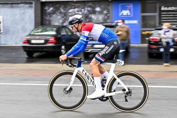 Mathieu van der Poel loopt lichte hersenschudding op bij val