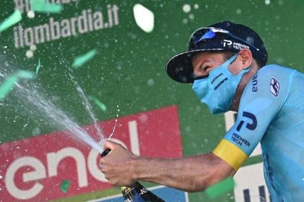 """Ronde van Lombardije - Fuglsang dacht dat Evenepoel nog in koers zat: """"Hopelijk is hij oké"""""""