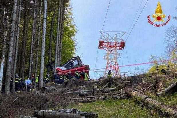 Chute d'un téléphérique en Italie: le frein d'urgence aurait été volontairement désactivé