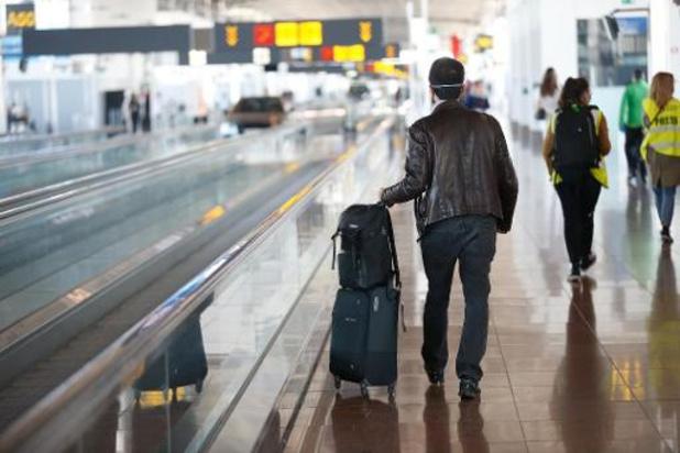 Interdiction de voler depuis Brussels Airport avec plus de 38°C de fièvre