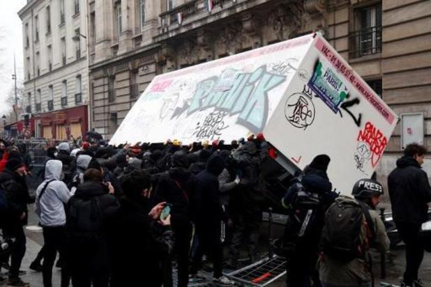 Rellen in Parijs tijdens algemene staking