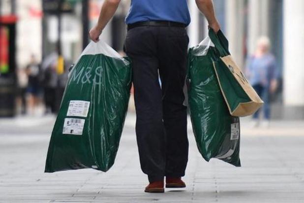 La FEB satisfaite de l'autorisation de faire du shopping à deux