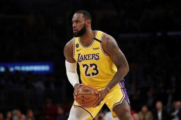 LeBron James reconsidère l'option de jouer des matches NBA à huis-clos