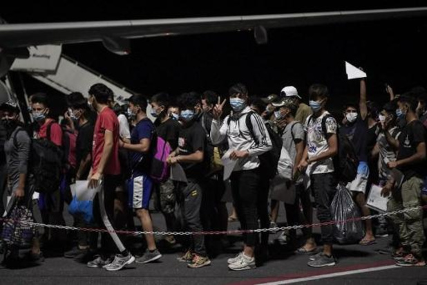 Jonge migranten uit Moria overgevlogen naar vasteland