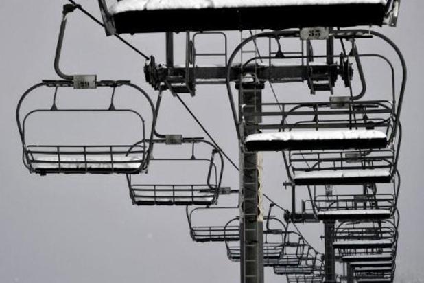 France: les remontées mécaniques resteront fermées en février