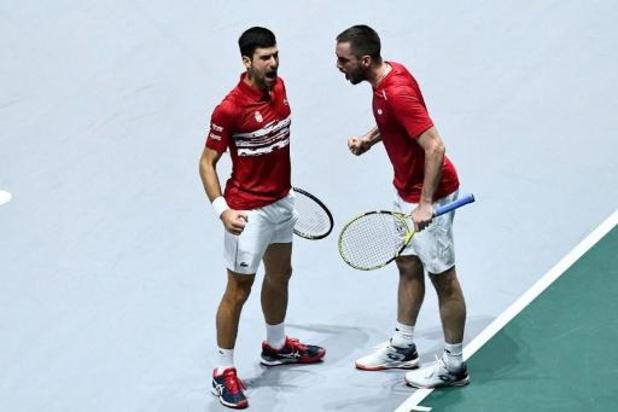 Rusland klopt het Servië van Djokovic en staat in de halve finales Davis Cup