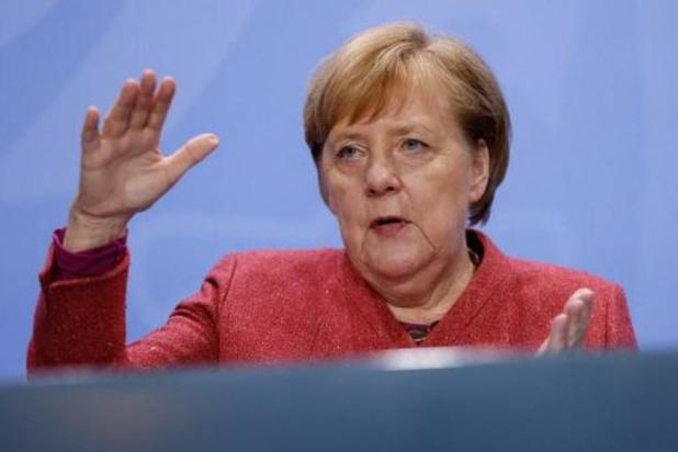 Coronavirus - Merkel roept Duitsers op om sociale contacten zoveel mogelijk te beperken