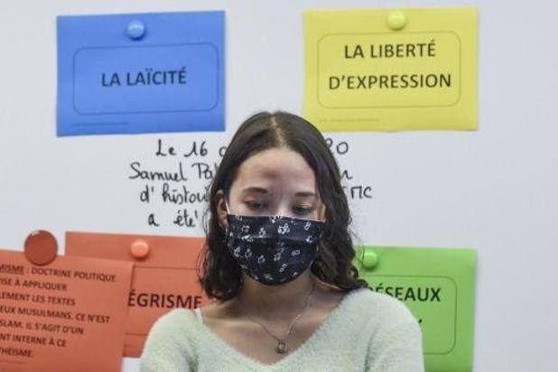 """France: un collégien menace sa professeure de la """"découper comme Samuel Paty"""""""
