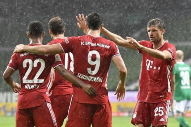 Bundesliga - Bayern München heeft dertigste landstitel beet, Paderborn degradeert