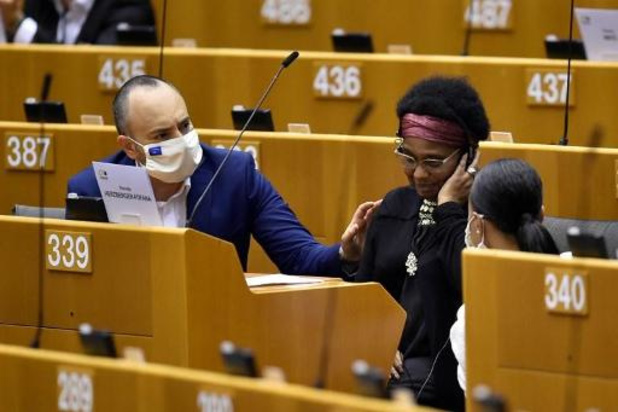 Europarlementslid getuigt in plenaire zitting over agressie Brusselse politie