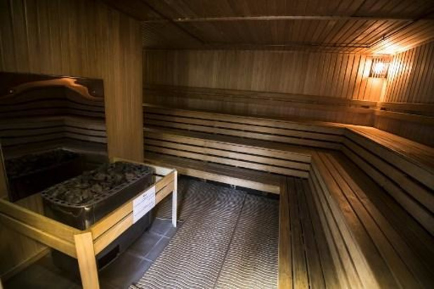"""""""Wij blijven als sauna-uitbaters in de kou staan"""""""