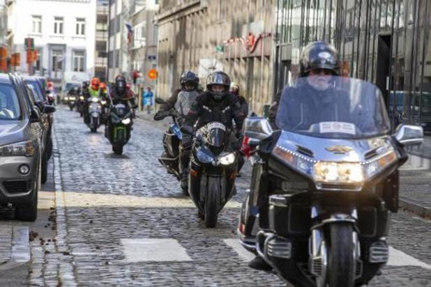 Motorrijders betogen in Brussel tegen verplichte technische keuring