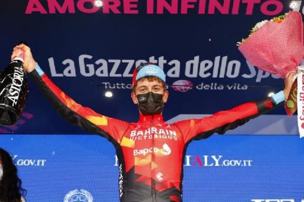Giro - Mäder draagt zege op aan ploegmaat Landa