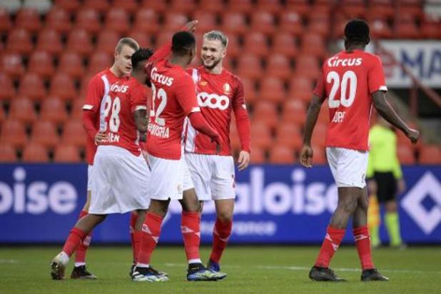 Jupiler Pro League - Le Standard s'offre un choc wallon intense contre Charleroi et revient sur l'Antwerp, 3e