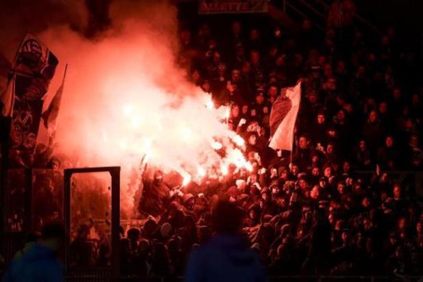 Bundesliga - Hambourg autorisé à faire usage de fumigènes au début de son match de D2 samedi