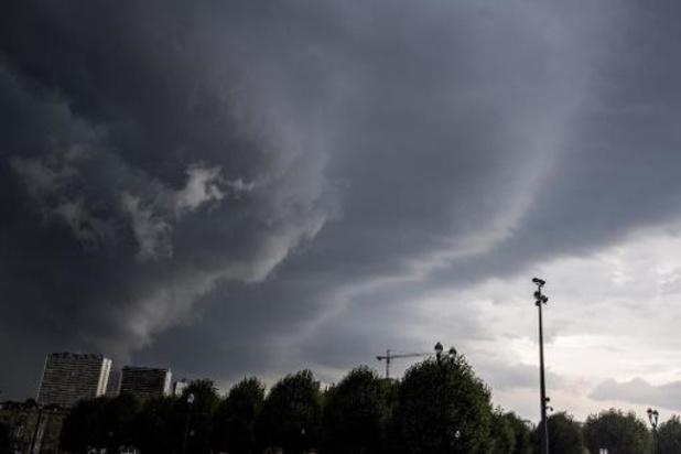Un ciel partagé entre nuages et éclaircies et un thermomètre encore frileux