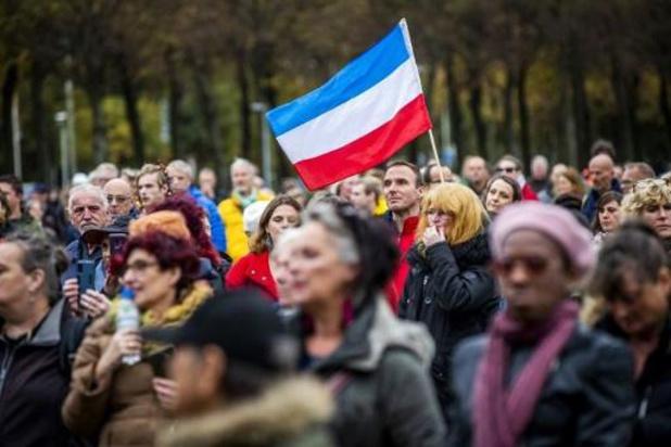 Aantal coronabesmettingen stijgt ook in Nederland