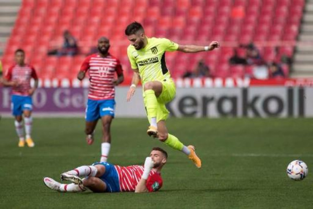 Belgen in het buitenland - Leider Atlético Madrid, met Yannick Carrasco, laat punten liggen bij Levante