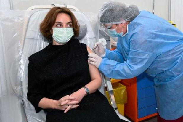 Les autorités sanitaires britanniques considèrent le vaccin d'AstraZeneca comme sûr