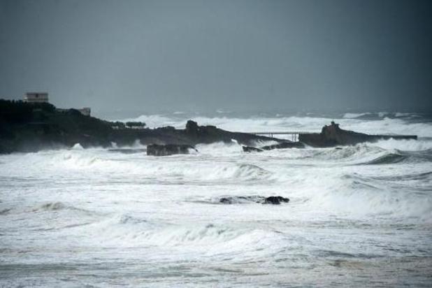 Onweer zet 100.000 gezinnen zonder stroom in zuidwesten van Frankrijk