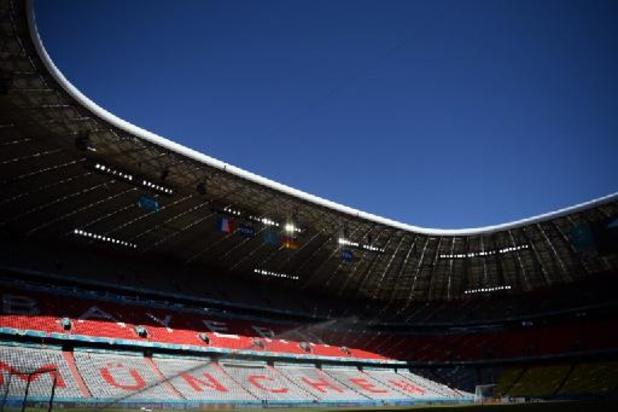 L'UEFA défend sa décision mais pare son logo d'un arc-en-ciel