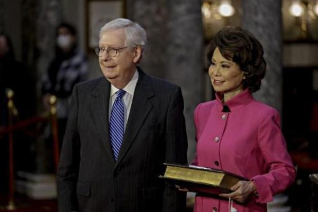 Capitool bestormd - Amerikaanse minister Elaine Chao kondigt ontslag aan