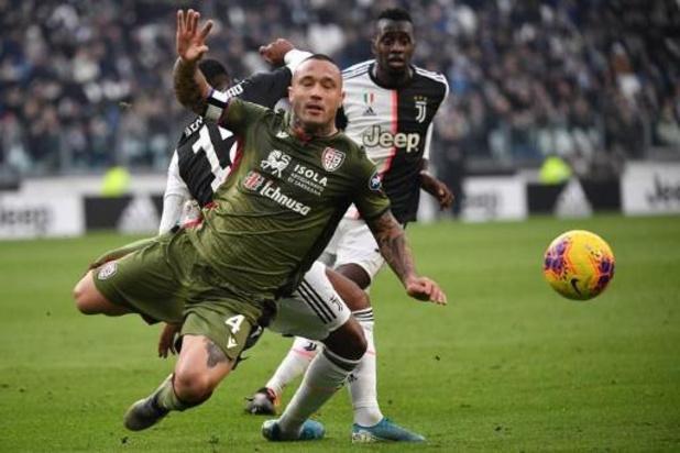 Défaite de Nainggolan et Cagliari contre l'AC Milan, où Ibrahimovic marque