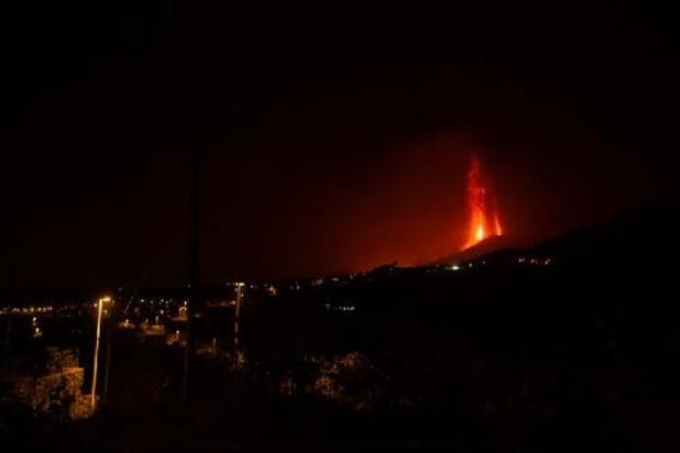 Éruption aux Canaries: plusieurs quartiers confinés par crainte des gaz toxiques