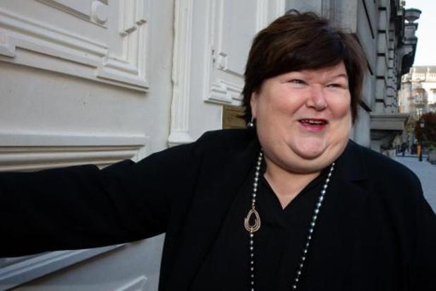 La ministre De Block veut des économies sur le pharma et une réduction pour le patient
