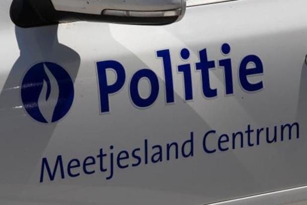 Autobestuurder belandt in gracht en overlijdt in Eeklo