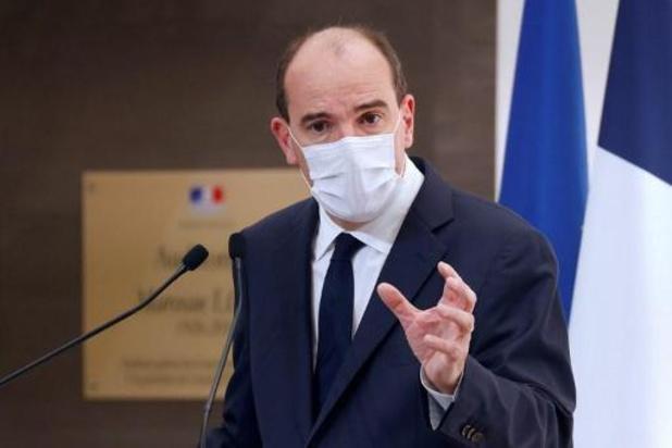 """France: """"À 21h00, chacun chez soi"""", le Premier ministre resserre la vis"""