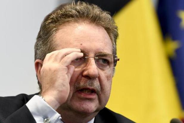 Le ministre-président bruxellois favorable au coronapass sur le modèle danois