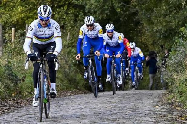 Julian Alaphilippe emmène l'équipe Elegant-Quick Step au Tour de Flandres