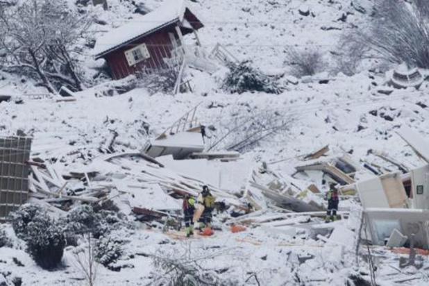 Reddingswerkers vinden levenloos lichaam na aardverschuiving in Noorwegen